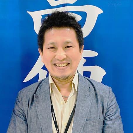古川店長の真顔