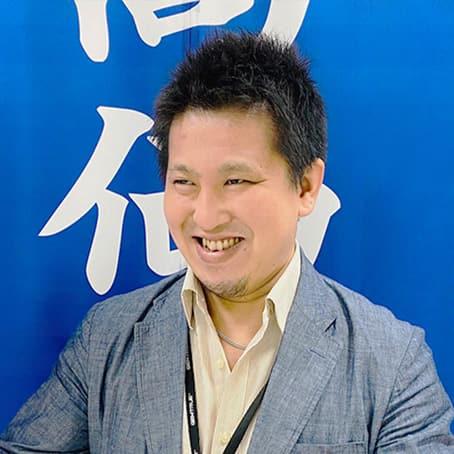 古川店長の笑顔